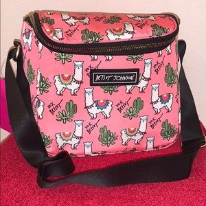 🌵Betsey Johnson Insulated Llama Cube Lunch Tote🦙